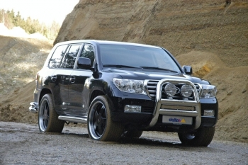 Версия Toyota Land Cruiser V8 от Delta4x4